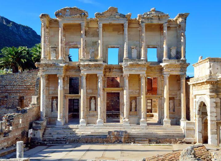 ancient Roman building