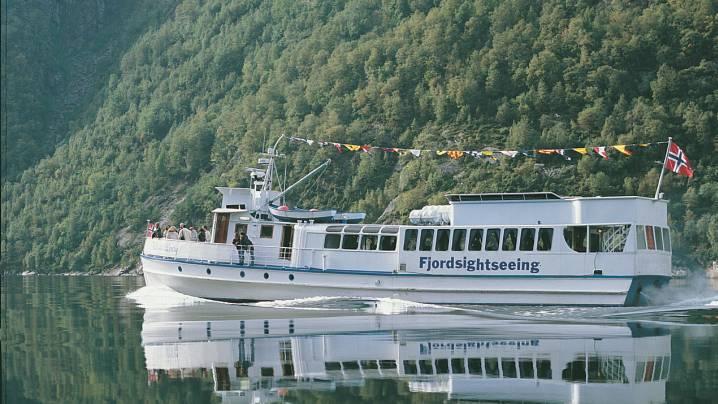 Roedne Fjord Cruise
